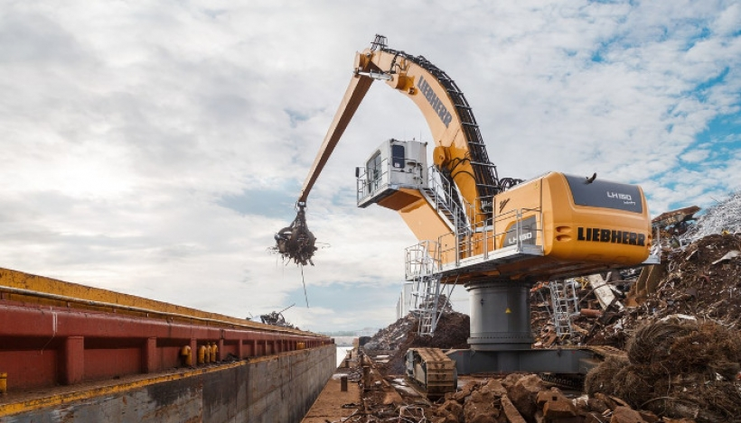 LH 150 C High Rise Industry Litronic od Liebherr